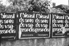 Fotografía tomada durante la tercer fase de la campaña publicitaria de Tucumán Arde: 1ra bienal de arte de vanguardia